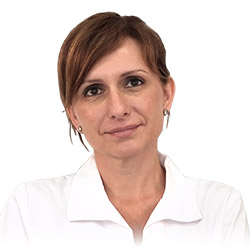 Carmen Santiago, Enfermera de la Clínica Dual de Cirugía Plástica y Tratamientos Estéticos de Valencia