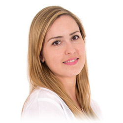 María Cózar, Médico Estético de la Clínica Dual de Cirugía Plástica y Tratamientos Estéticos de Valencia