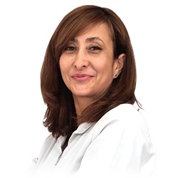 Marisol Roldán, Encargada de Recepción y Atención al Cliente de la Clínica Dual de Cirugía Plástica y Tratamientos Estéticos de Valencia